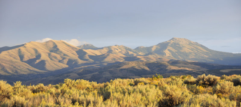 Indian and Scout Mountains from ISU Performing Arts Center parking lot _DSC3648.jpg