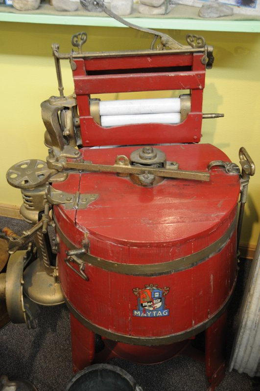 Maytag Washer at Bannock County Historical Museum _DSC1680.jpg
