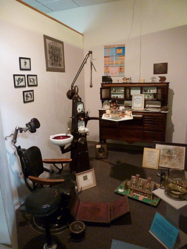 Dental Office - Bannock County Museum P1020184.jpg