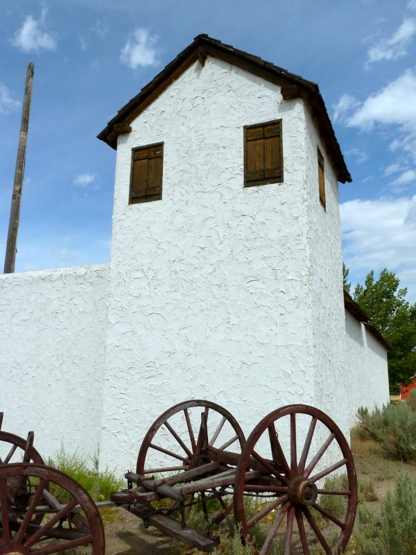 Fort Hall Replica P1020201.jpg