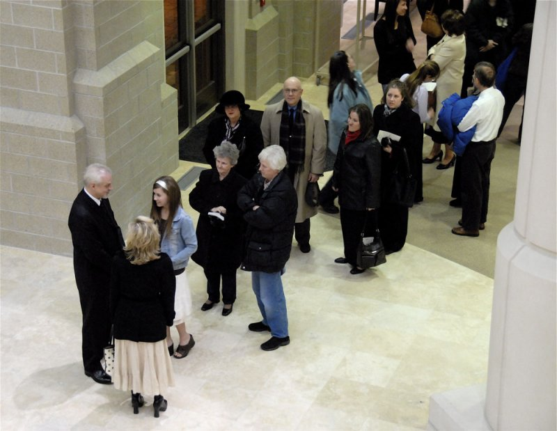 Mark Neiwirth talked to fans after a piano concert at ISU Stephens Performing Arts Center _DSC0578.jpg