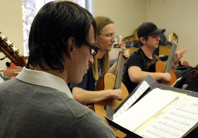 ISU Guitar Ensemble spr 2008 _DSC0396.jpg