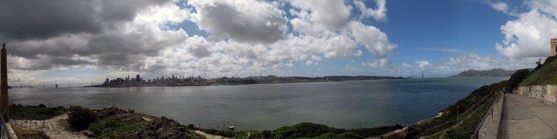 Bridge to bridge in San Francisco 2010.jpg