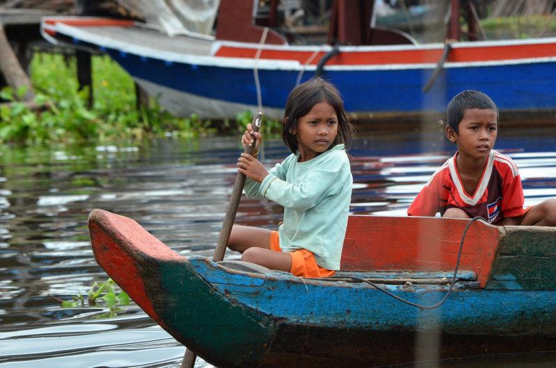 Kampong Phluk - At the Boat