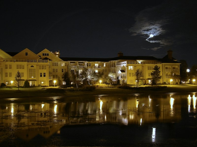 Saratoga Springs and full moon