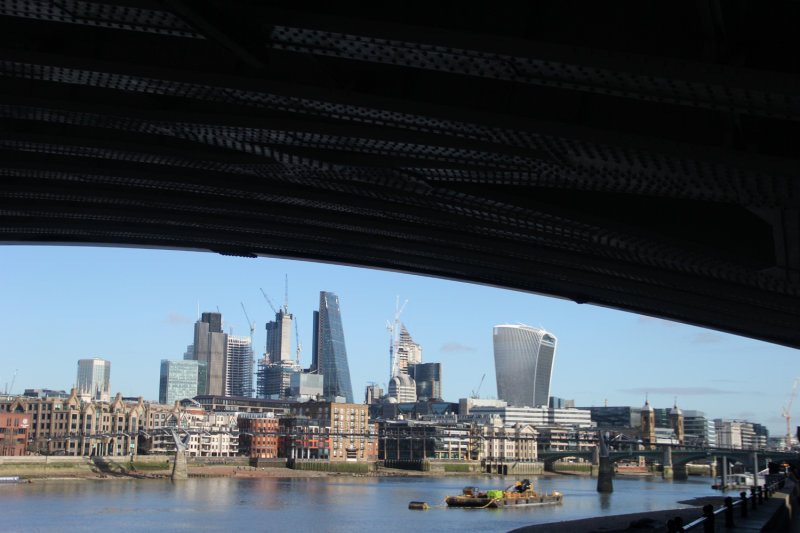38:365<br>beyond blackfriars bridge