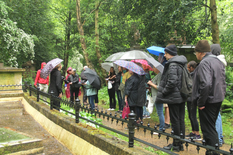 144:365<br>Highgate Cemetery Tour