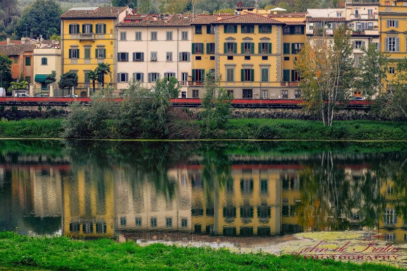 2017 - Arno River - Florence, Tuscany - Italy