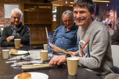 Bjørnar Svendsby hadde med seg diverse flotte materialer, tauverk og annet