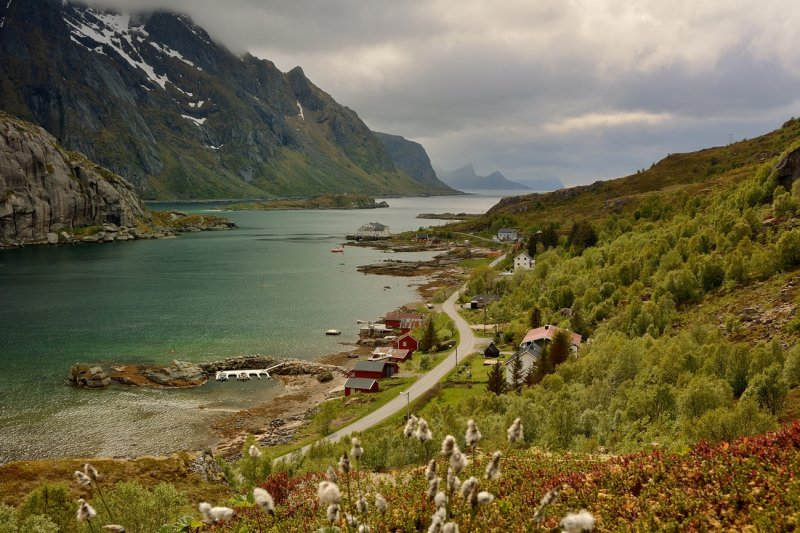 View on the Steinsfjorden