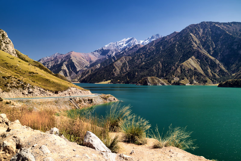 Big Dragon Lake
