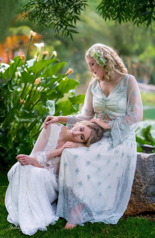 Anastasia and Manon