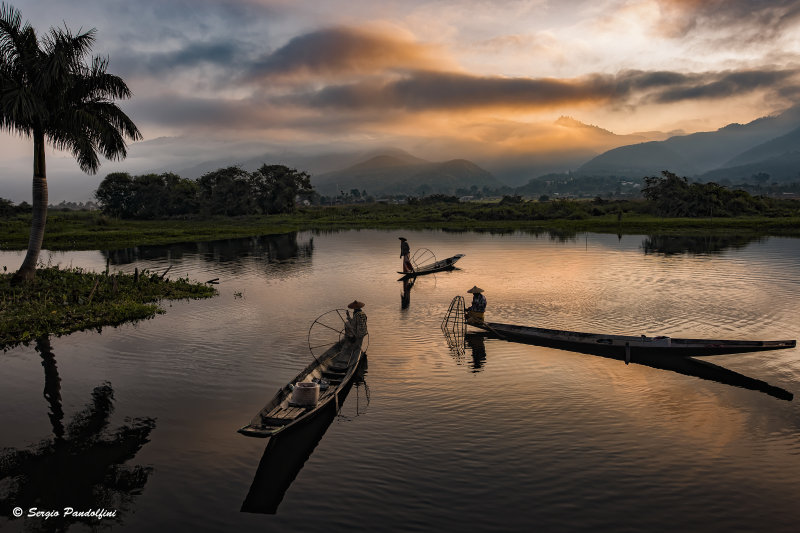 Lake Inle at dawn