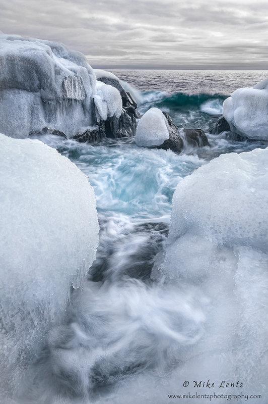 Superiors icy shores