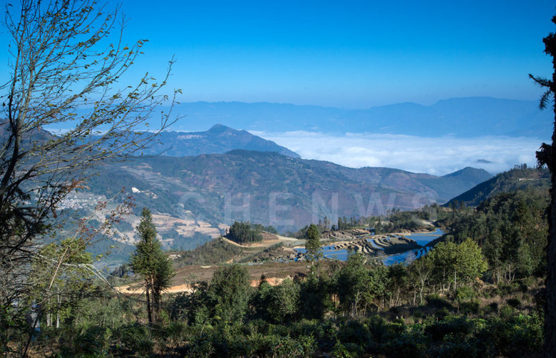 Rice fields and hills, AiChun village