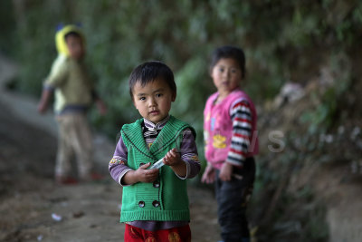 Children at village backhill of MaLiZhai
