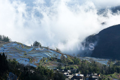 Clouds rolling in on HuangCaoLing