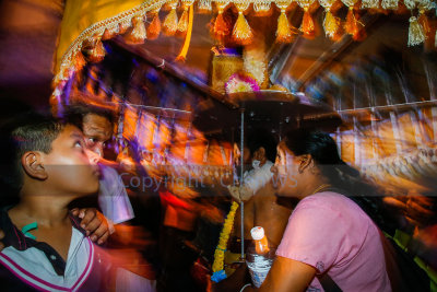 Swing, sway and spin the kavadi