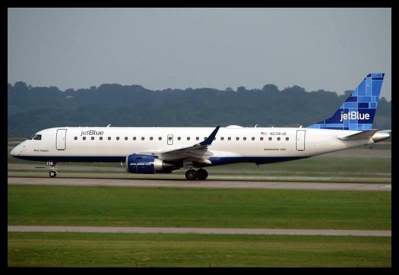 JetBlue Inaugural Service To Nashville (Embraer-190) N238JB