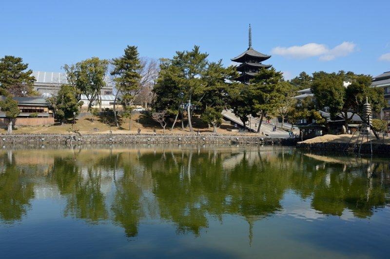 Sarusawa no ike at Nara