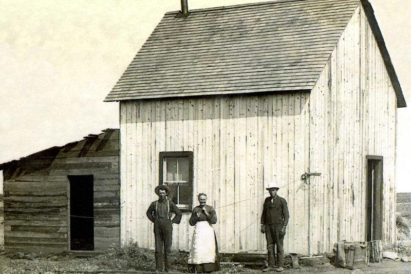 Johnstons Pioneering in Maymont Saskatchewan