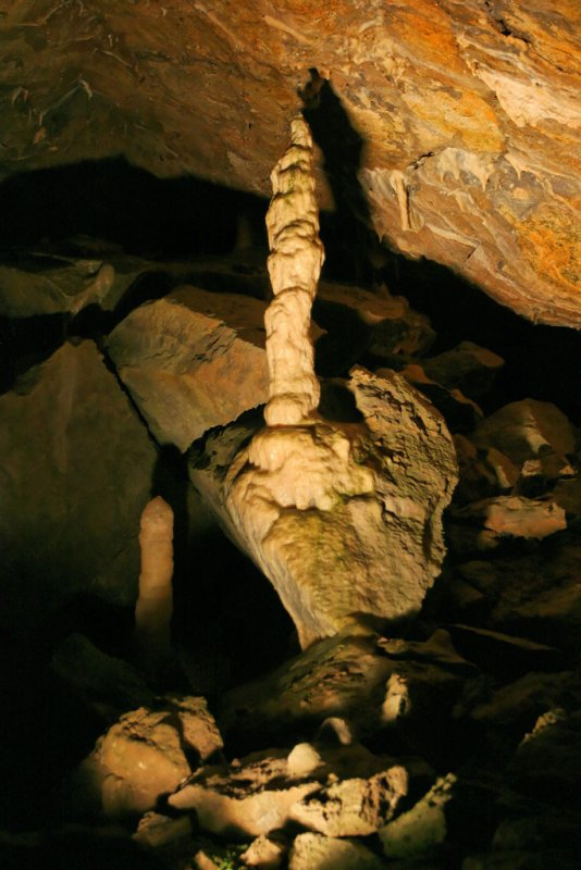 Hottolfiades 2006 - Visite des grottes de Hotton