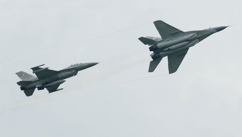 F-16 vs Mig-29 - very rarely seen in tandem
