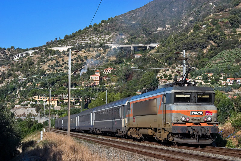 The BB22329 between Menton and Ventimiglia.