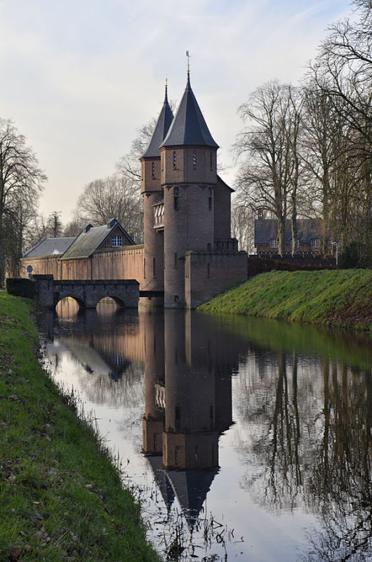 Entrance of Haarzuilens castle