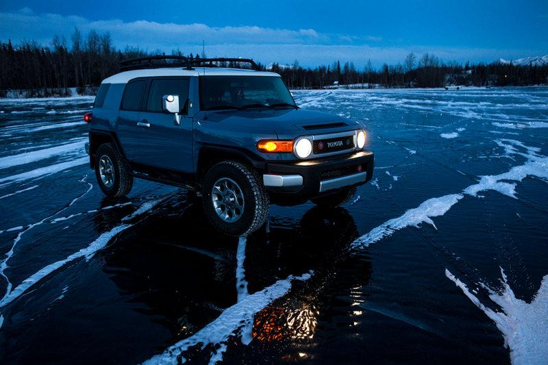 My FJ Cruiser on frozen Finger Lake, Wasilla, AK. IMG_4068.jpg