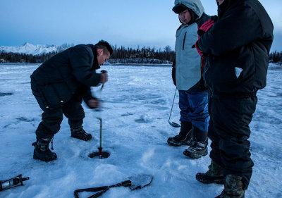 Drilling a hole to ice fish. Finger Lake, Wasilla, AK. IMG_4053.jpg