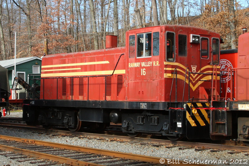 Rahway Valley RR #16