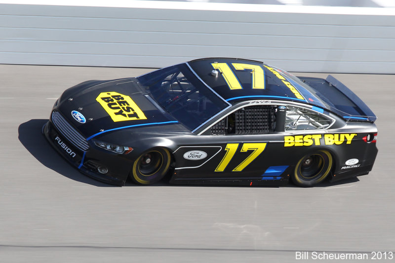 17 Ricky Stenhouse Jr.