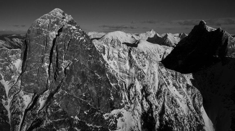 Hozomeen Mountain, Looking To The East <br> (Hozomeen_012513_044-3.jpg)