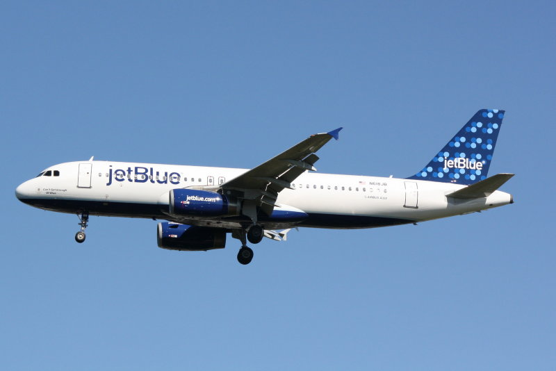 Airbus A320 (N618JB) Cant Get Enough of Blue