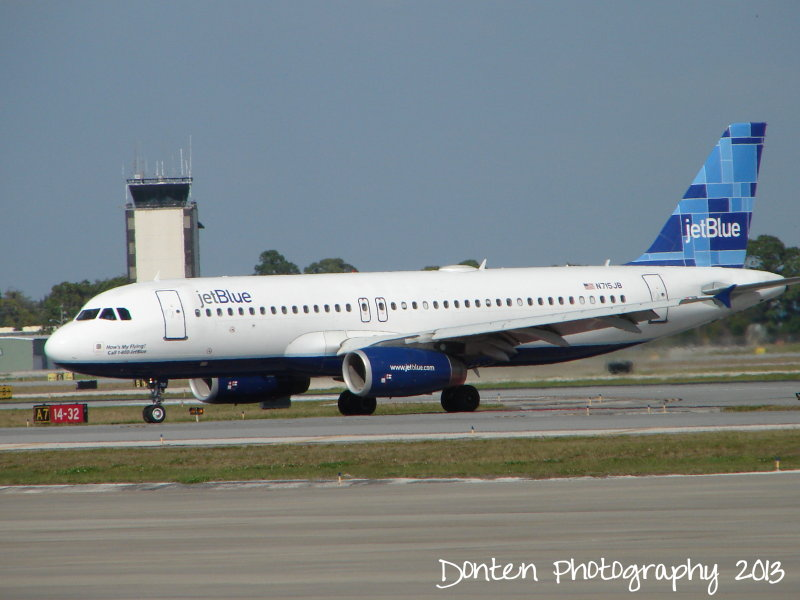 Airbus A320 (N715JB) Hows My Flying? Call 1-800-JetBlue