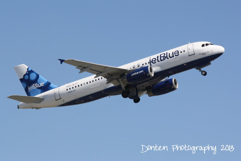Airbus A320 (N562JB) The Name is Blue, JetBlue