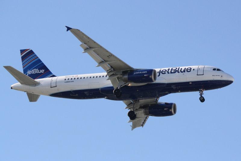 Airbus A320 (N643JB) Blue Jersey