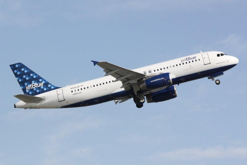 Airbus A320 (N558JB) Song Sung Blue