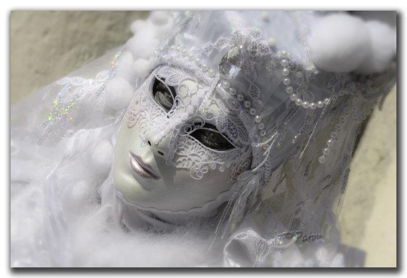le masque blanc2.jpg