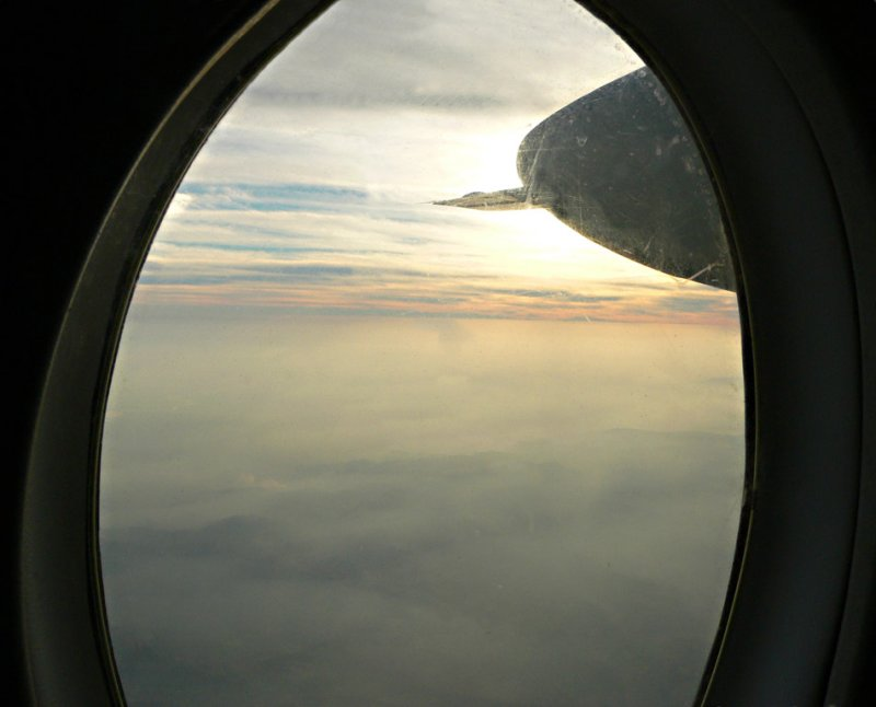 Cruising above the clouds - 913.jpg