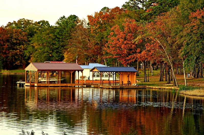 BOAT HOUSE REFLECTIONS