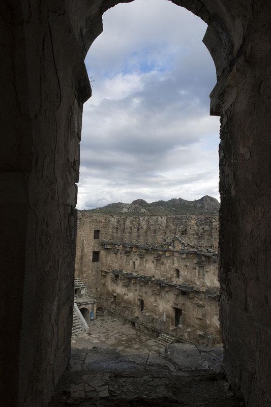 Aspendos december 2012 7340.jpg