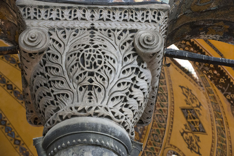 Istanbul Haghia Sophia december 2012 5925.jpg