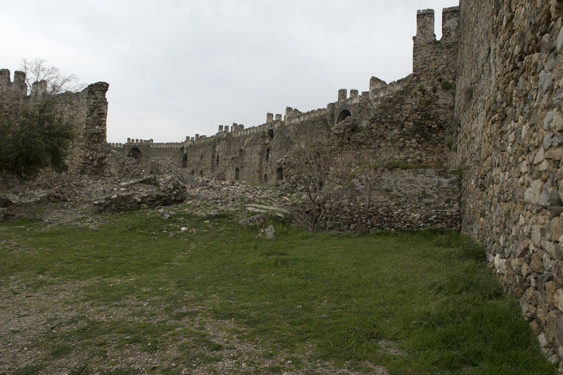 Anamur Castle March 2013 8577.jpg