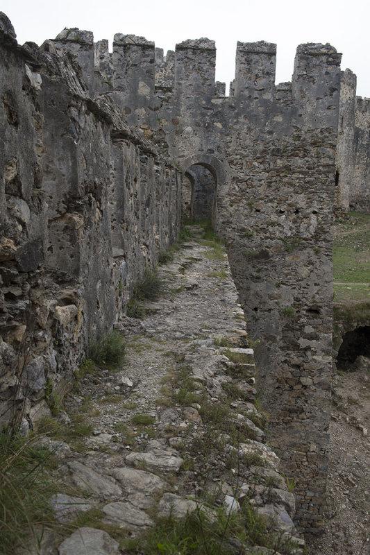 Anamur Castle March 2013 8594.jpg