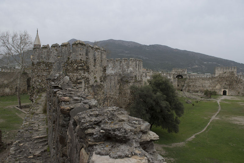 Anamur Castle March 2013 8602.jpg