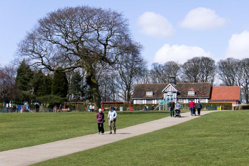 16 April: Graves Park