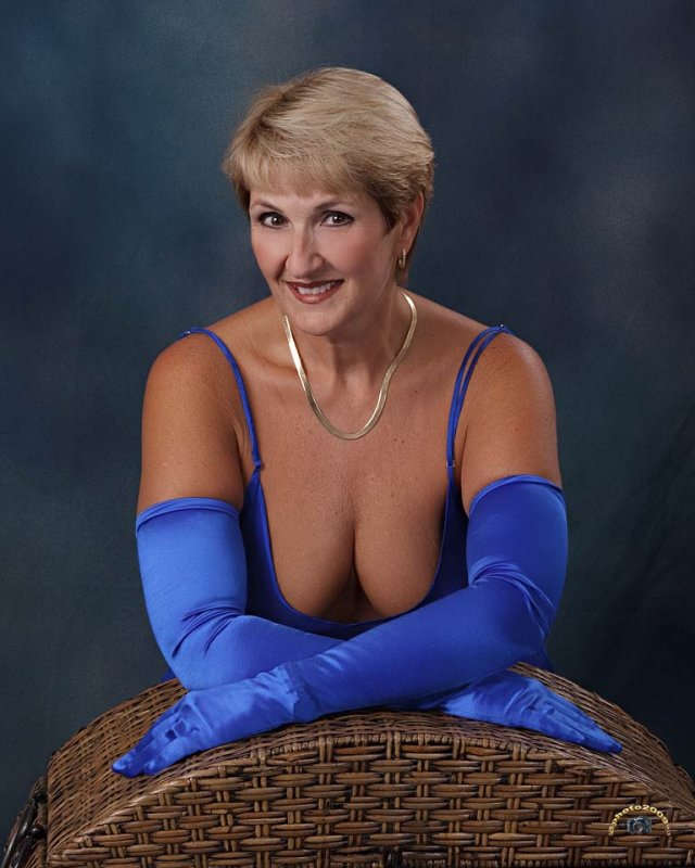 blue sheer chemise sept 2009.jpg