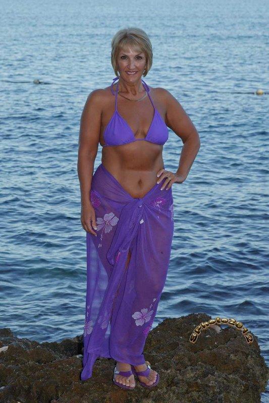 17 purple bikini nov 14 2012.jpg